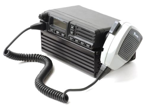 Alimentation desktop Alfatronix alimentation des émetteur-récepteur radios